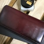 3年愛用しているYUHAKU(ユハク)の財布の経年変化と手入れについて紹介する